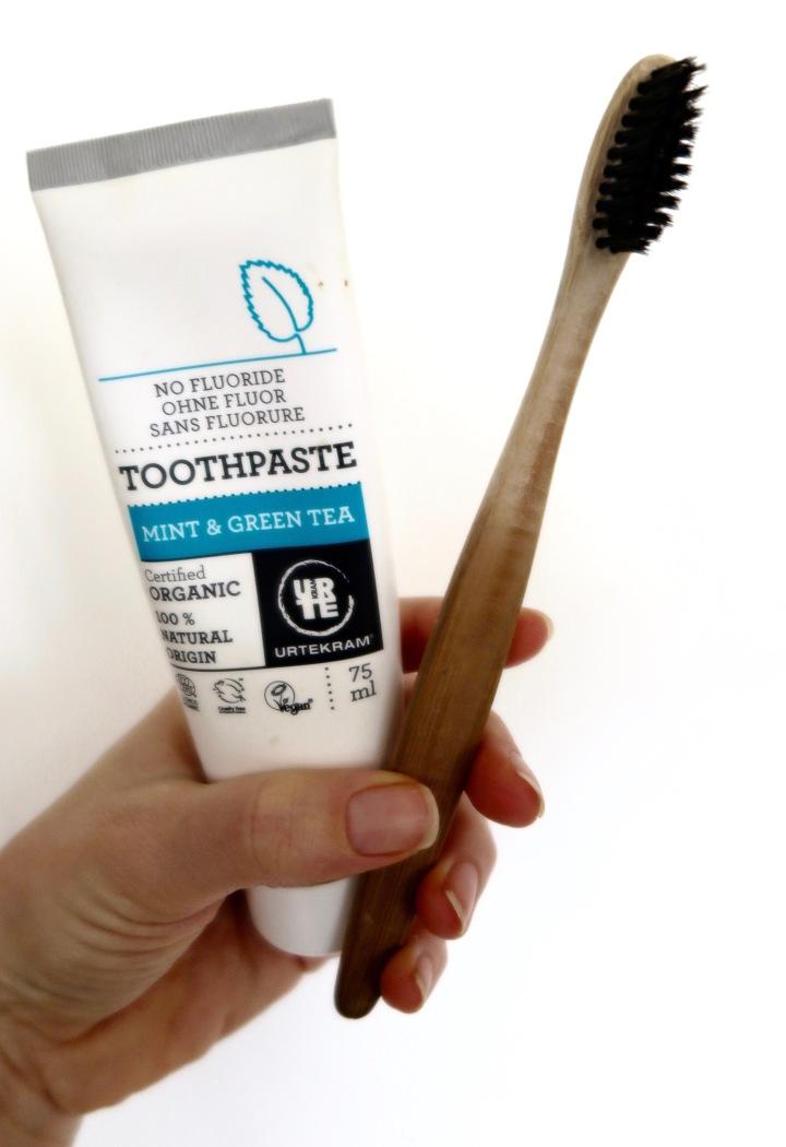 bamboo-toothbrush (2)