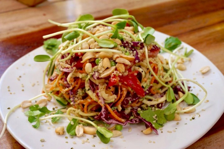 raw-pad-thai-tulum (1)