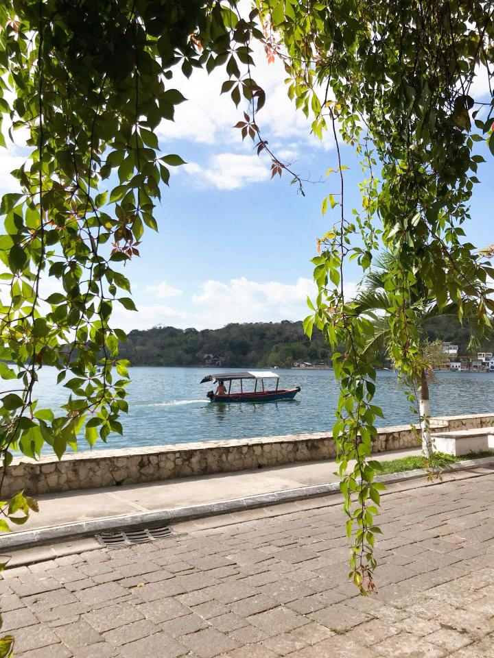 Lake-Peten-Itza